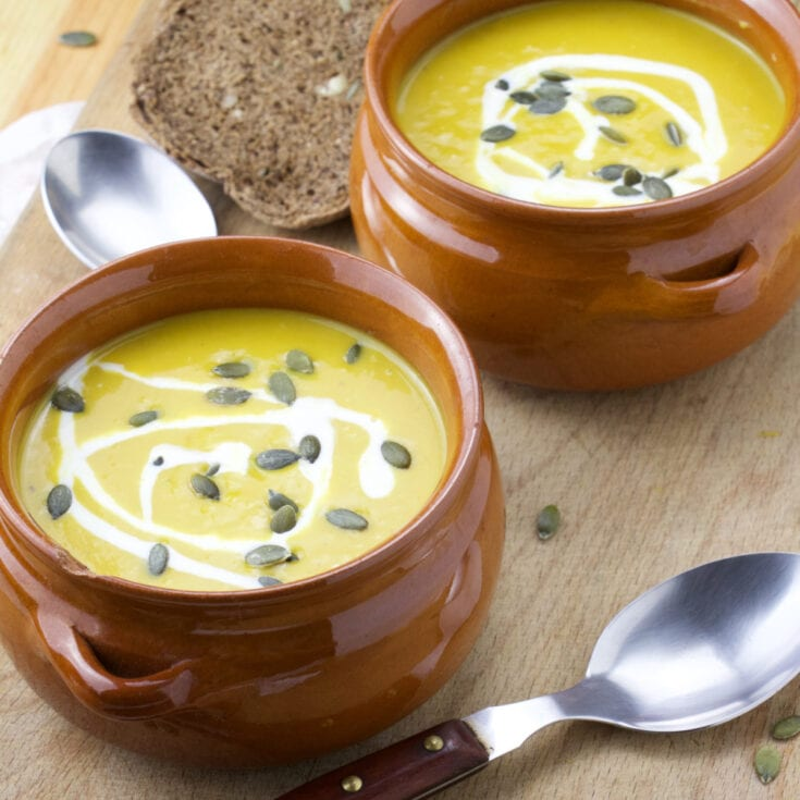 Coco-ginger roasted pumpkin soup